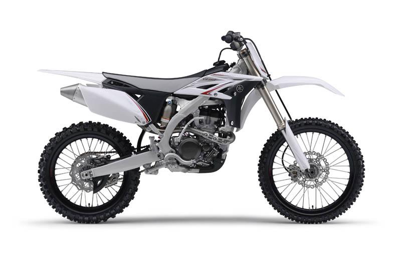 2010_yz250f_white_right_2